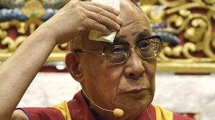 Le Dalaï Lama, lors de sa conférence à Toulouse, le samedi 13 août 2011
