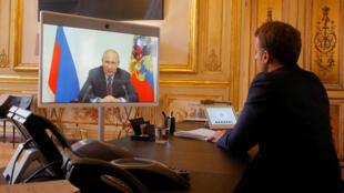 Macron Putin8