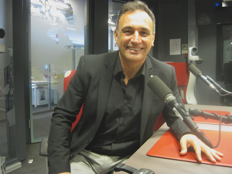 José Luis Basso en los estudios de RFI.