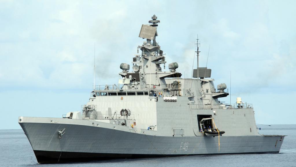 Chiến hạm INS Satpura của Ấn Độ.
