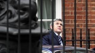 Gordon Brown se apresta a abandonar el 10 Downing Street, residencia del Primer ministro.