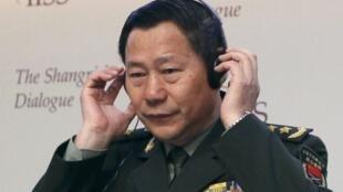 Tướng Thích Kiến Quốc, Phó tổng tham mưu trưởng Quân đội Trung Quốc tại Hội nghị Shangri La 2013. Ảnh ngày 02/06/2013