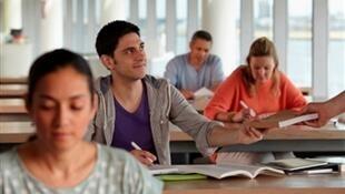 320.000 jóvenes extranjeros estudian cada año en Francia.