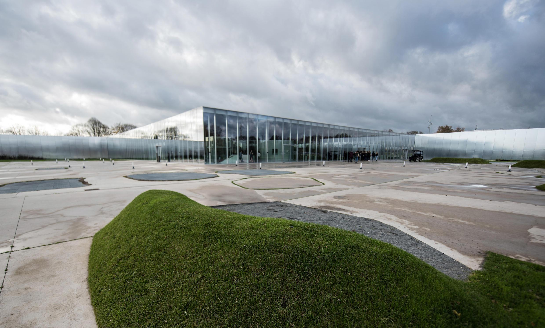 卢浮宫-朗斯博物馆外景,照片摄于2017年11月23日。
