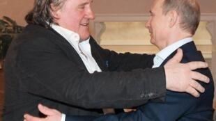 Gérard Depardieu y Vladimir Putin en Sotchi, el 5 de enero de 2013.