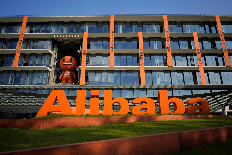 O grupo Alibaba é responsável pela metade do comércio eletrônico da China.