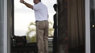 Roger Pinto, opposant au président bolivien Evo Morales, est hébergé au Brésil par Fernando Tiburcio, homme de loi vivant à Brasilia. Le 26 août 2013.