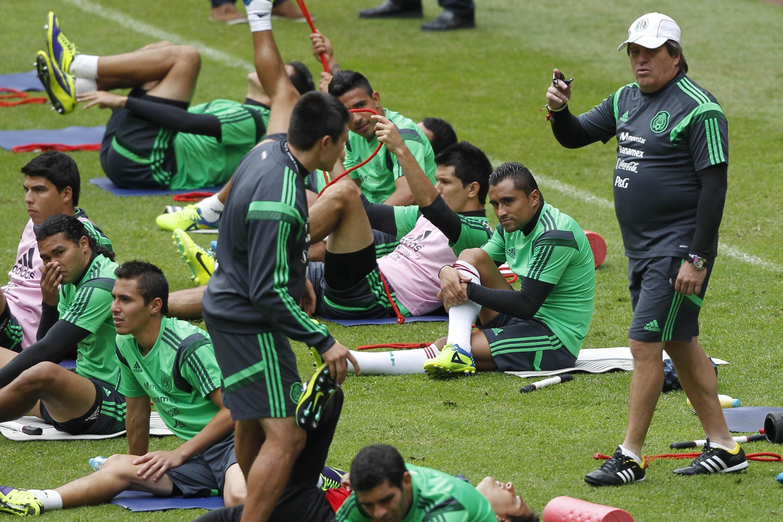 Treino da Seleção Mexicana que recebe a Nova Zelândia no Estádio Azteca nesta quarta, às 18h30