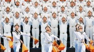 中国人民解放军海军成立七十周年的中外海军联合军乐展示活动,4月22日日在山东青岛举行。