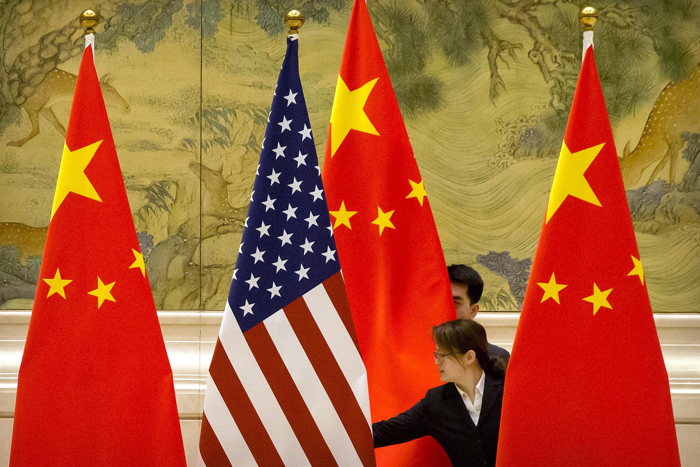 Chine - US - Drapeaux