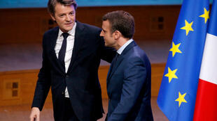 Francois Baroin (L) with  Emmanuel Macron (R) in March