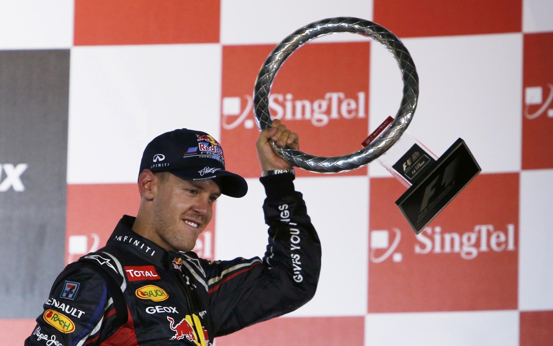 Sebastian Vettel celebra su victoria, este 23 de septiembre de 2012.