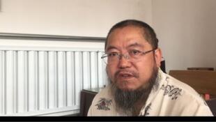 艺术家Ji Feng他30年来一直在反抗