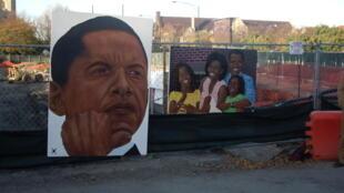 Dans le quartier de Hyde Park à Chicago, des portraits à l'effigie de Barack Obama et sa famille.