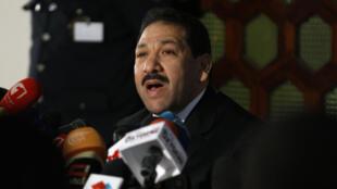 Lotfi Ben Jeddou, ministre tunisien de l'Intérieur, en conférence de presse à Tunis le 4 février 2014.