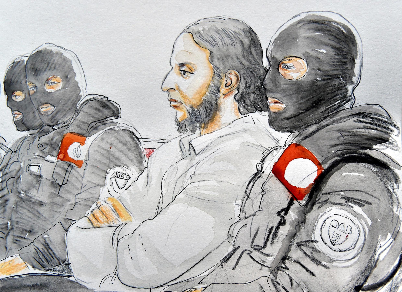 صلاح عبدالسلام، تنها عضو بازماندۀ گروه تروریستی حملات ١٣ نوامبر ٢٠١٥ در پاریس، در نخستین جلسۀ محاکمه خود در بروکسل، روز ٥ فوریه ٢٠١٨، اعلام کرد قصد ندارد به سکوت خود پایان دهد