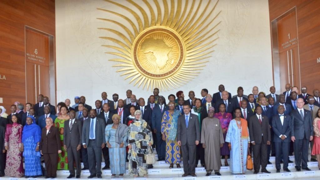 Picha ya mawaziri wa mambo ya nje wa nchi wanachama wa AU, wakati wa ufunguzi wa kikao cha Baraza la Mawaziri wa Umoja wa Afrika, Januari 29 mwaka 2015, Addis Abeba.