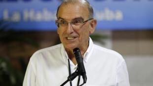 Humberto de la Calle, membre de la Coalition pour l'espoir, ex-vice-président de la Colombie et négociateur de l'accord de paix avec les Farc, le 21 mai 2015.