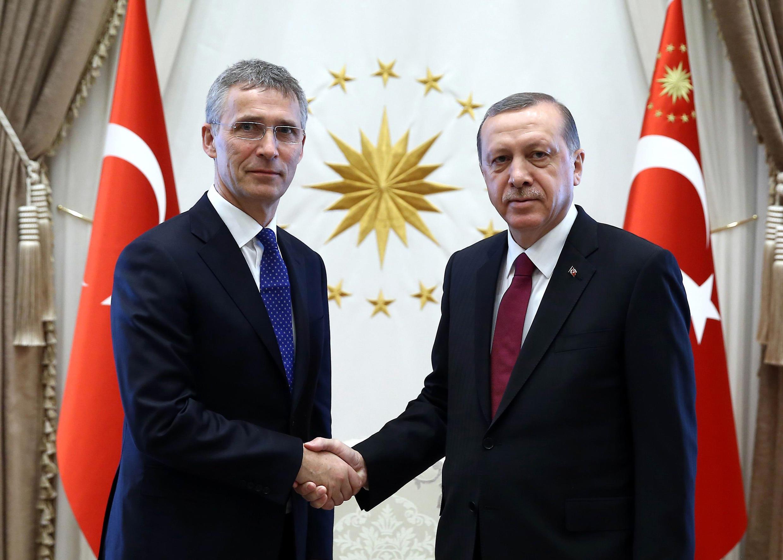 Rencontre entre Recep Tayyip Erdogan et le secrétaire général de l'Otan, Jens Stoltenberg, en avril 2016 à Ankara.