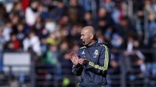 Real Madrid's new coach Zinedine Zidane conducts a training session in Valdebebas, outside Madrid, Spain, 5 January 2016.