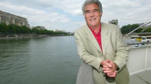 Le journaliste et présentateur de « Thalassa », Georges Pernoud, est décédé le 10 janvier 2021. Ici en 2004.  PIERRE VERDY / AFP