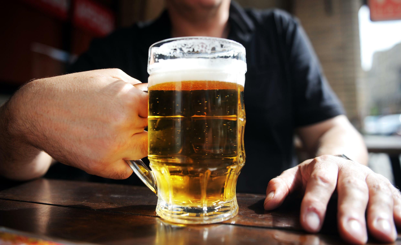 Publicado en la revista médica The Lancet Oncology, el estudio enumeró al menos siete cánceres cuyo riesgo aumenta por el consumo de alcohol