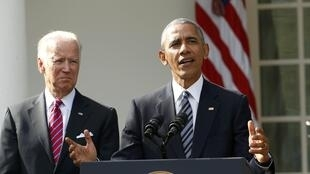 Barack Obama et le vice président Joe Bidden à la Maison Blanche le 9 novembre 2016.