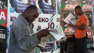 Le comité de protection des journalistes demande à Muhammadu Buhari de faire le nécessaire pour que la liberté de la presse soit respectée au Nigeria.