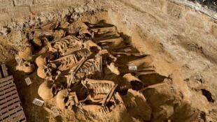 Découverte de squelettes fin 2014 à Paris.