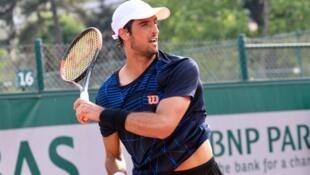 O paulista Thomaz Bellucci na edição 2017 em Roland Garros.