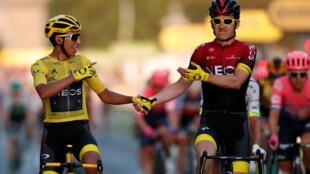 Le Colombien Egan Bernal, vainqueur du Tour de France 2019, et le Britannique Geraint Thomas, son prédécesseur.