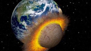 On estime que tous les 1000 ans en moyenne un astéroïde de 100 mètres frappe la Terre.