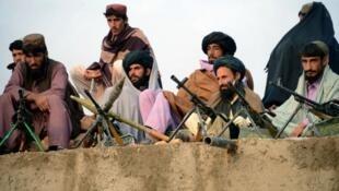 Personne n'a réussi jusque-là à amener les talibans à la table des négociations.