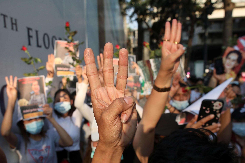 2021-02-08T115532Z_1982545242_RC2BOL93X1H4_RTRMADP_3_MYANMAR-PROTESTS-THAILAND