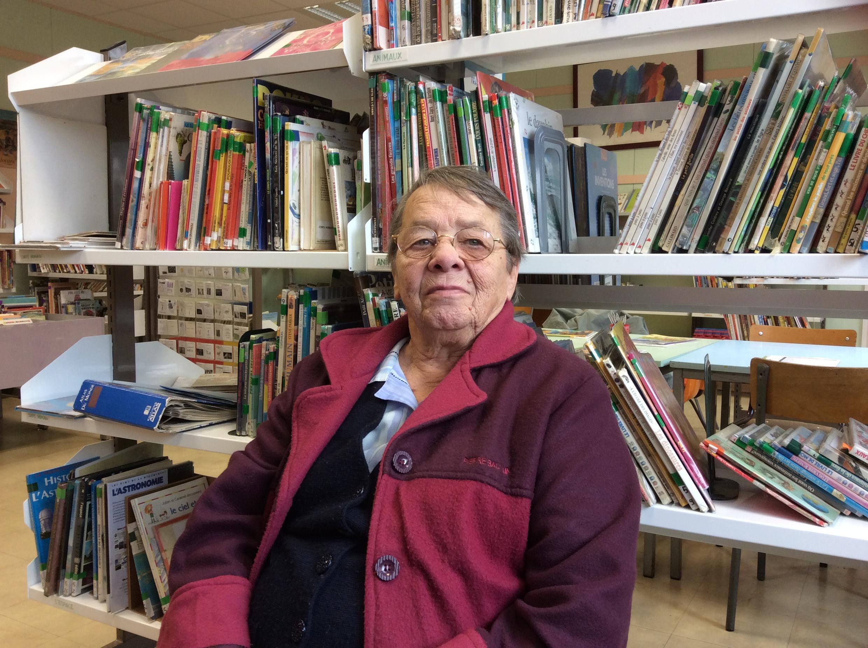 Annie Durieux, la mamie des élèves sans toit de Vaulx-en-Velin, membre de RESF et bénévole au Secours Populaire.