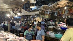 New Delhi fishmarket in July