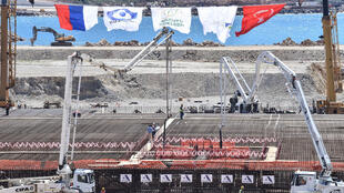 Site de construction de la première centrale nucléaire turque Akkuyu.