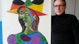 آرتور براند که به «ایندیانا جونز دنیای هنر» معروف است، در سال ۲۰۱۵ متوجه شده بود که از این تابلو به عنوان یک شیء قیمتی در مبادلات قاچاق در هلند استفاده میشود.