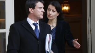 Manuel Valls (G.) et Cécile Duflot (D.), ici à l'hôtel Matignon, le 20 février 2013.
