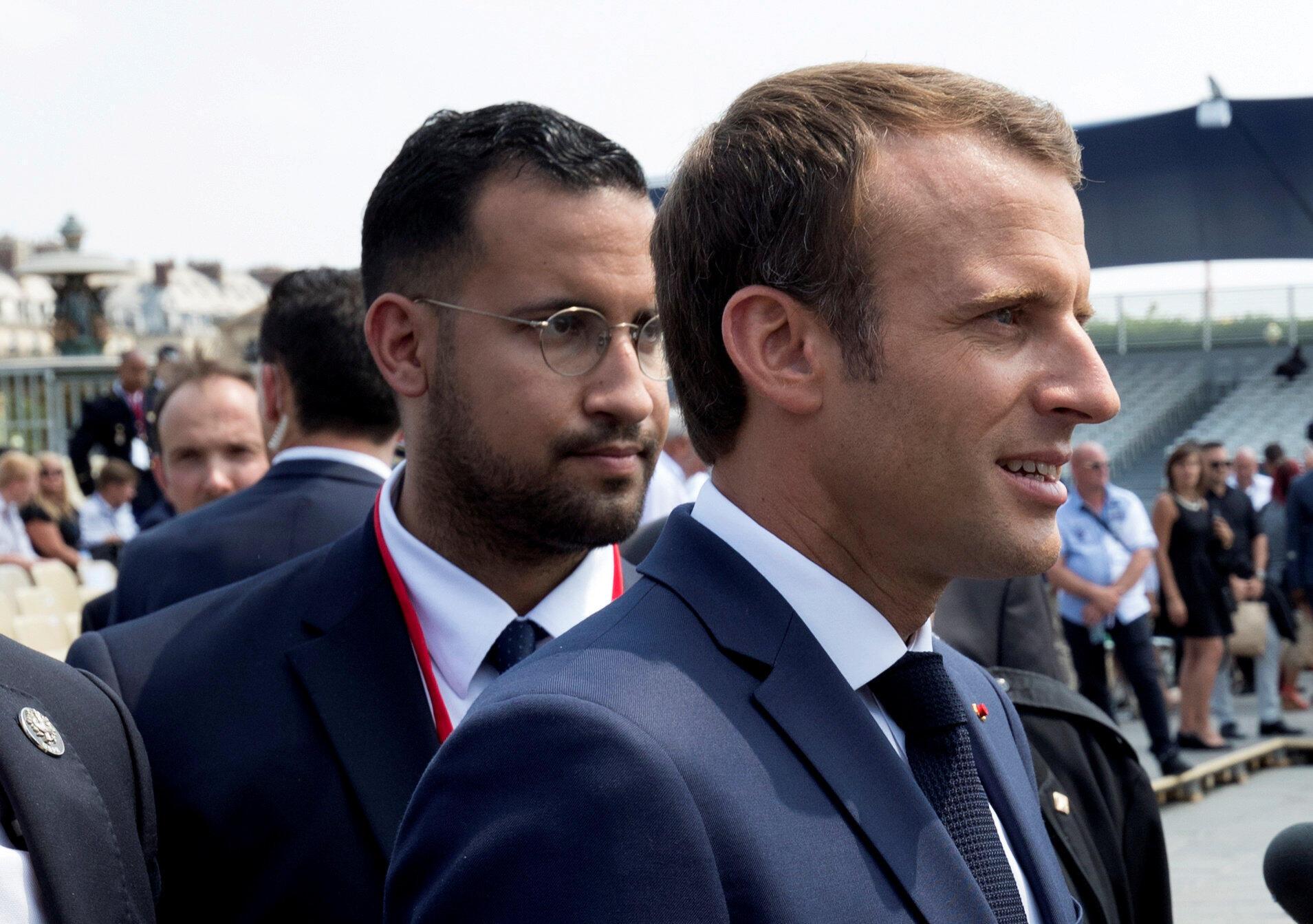 Shugaban Faransa Emmanuel Macron tare da babban dogarinsa, Alexandre Benalla