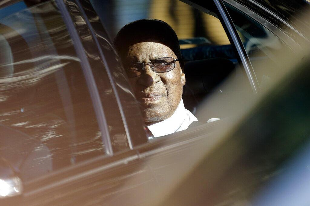 Andrew Mlangeni, una de las figuras de la lucha contra el apartheid en Sudáfrica, murió a los 95 años el 22 de julio de 2020.