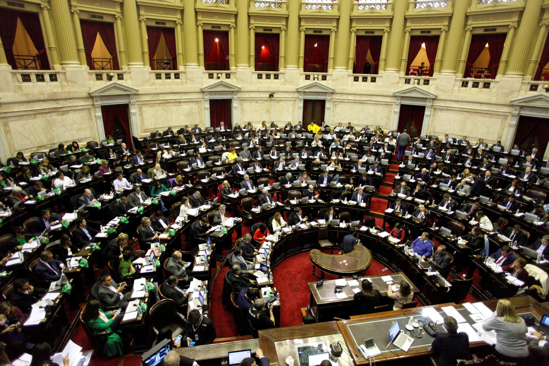 Debate do projeto de lei de aborto no Congresso da Argentina em Buenos Aires, Argentina, em 13 de junho de 2018.
