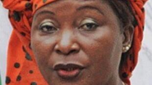 Helena Taipo antiga ministra do Trabalho de Moçambique detida a 16/04/2019 por desvio de fundos