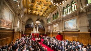 Le Sénat canadien a adopté, après la Chambre des communes, la loi sur l'aide médicale à mourir, le 17 juin 2016.