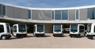 Фотография микроавтобусов с сайта производителя
