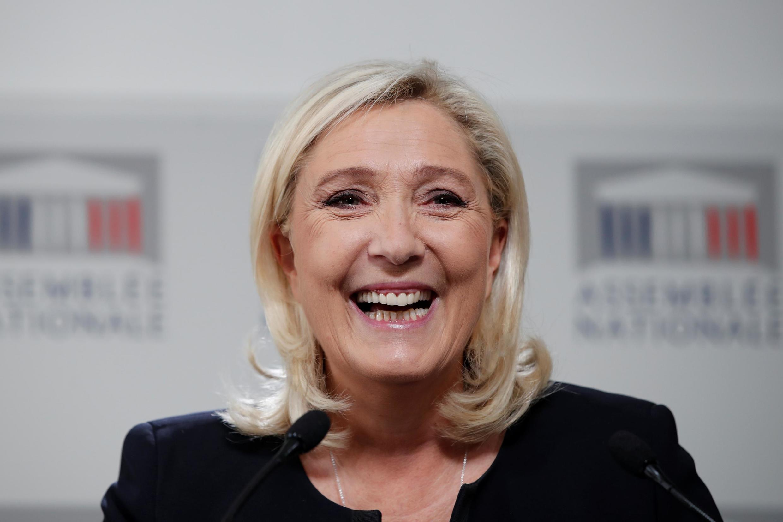 La députée Marine Le Pen, présidente du Rassemblement national, après le débat à l'Assemblée sur l'immigration, le 7 octobre.