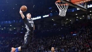 圖為美國NBA球員灌籃圖片