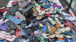 Indonesia: las sandalias, el nuevo símbolo con el que los pobres protestan contra los abusos de la justicia.