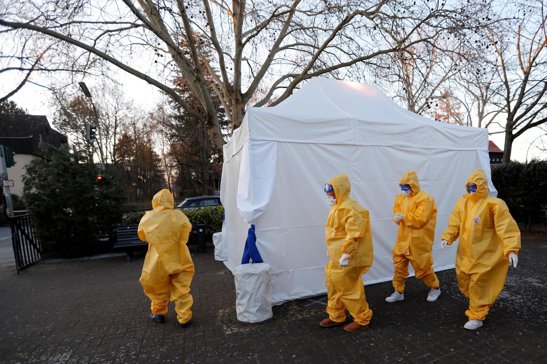 Một điểm xét nghiệm virus gây bệnh Covid-19, quận Reinickendorf, Berlin, ngày 23/03/2020.
