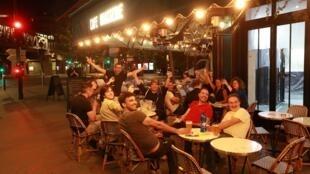 Cafes comemoração 000_1SO8PY